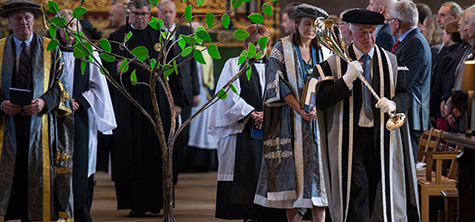 Cathedral service marks university's 10th anniversary
